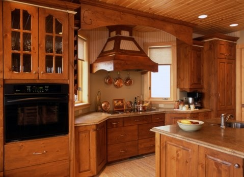 distressed-pine-copper-trim-hood