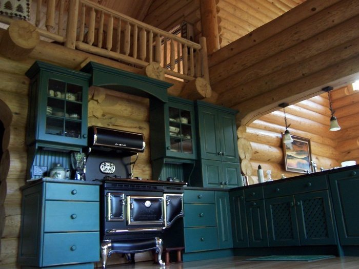 green-kitchen-elmira-range